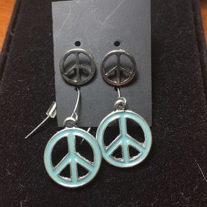 2 Pair Peace Sign Earrings